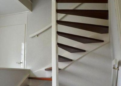 open trap naar de 2e verdieping